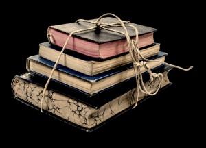 book-2775291_1920