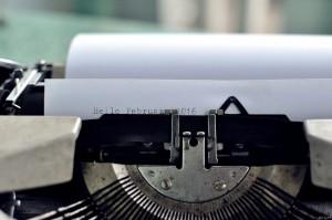 typewriter-1209140_1920