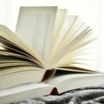 books-2546050_1920